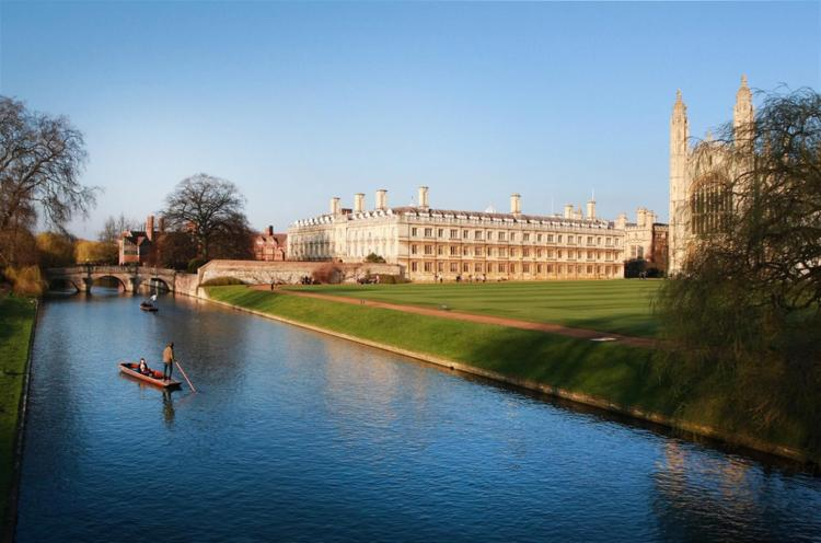 Punting-Tours-Cambridge