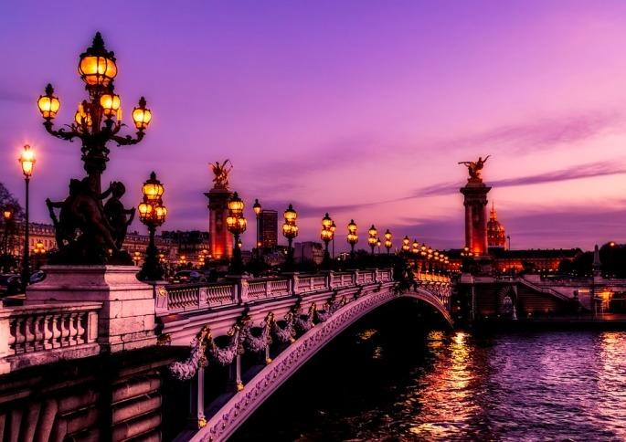 paris-2499022_960_720