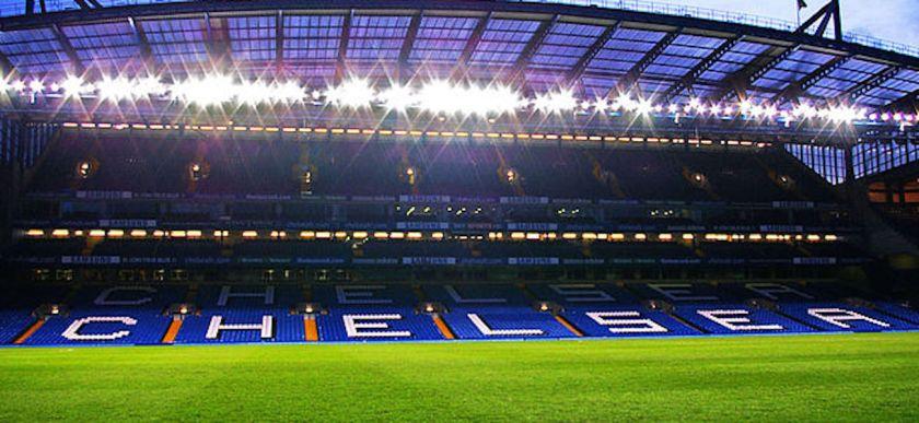 800px-Stamford_Bridge_-_West_Stand