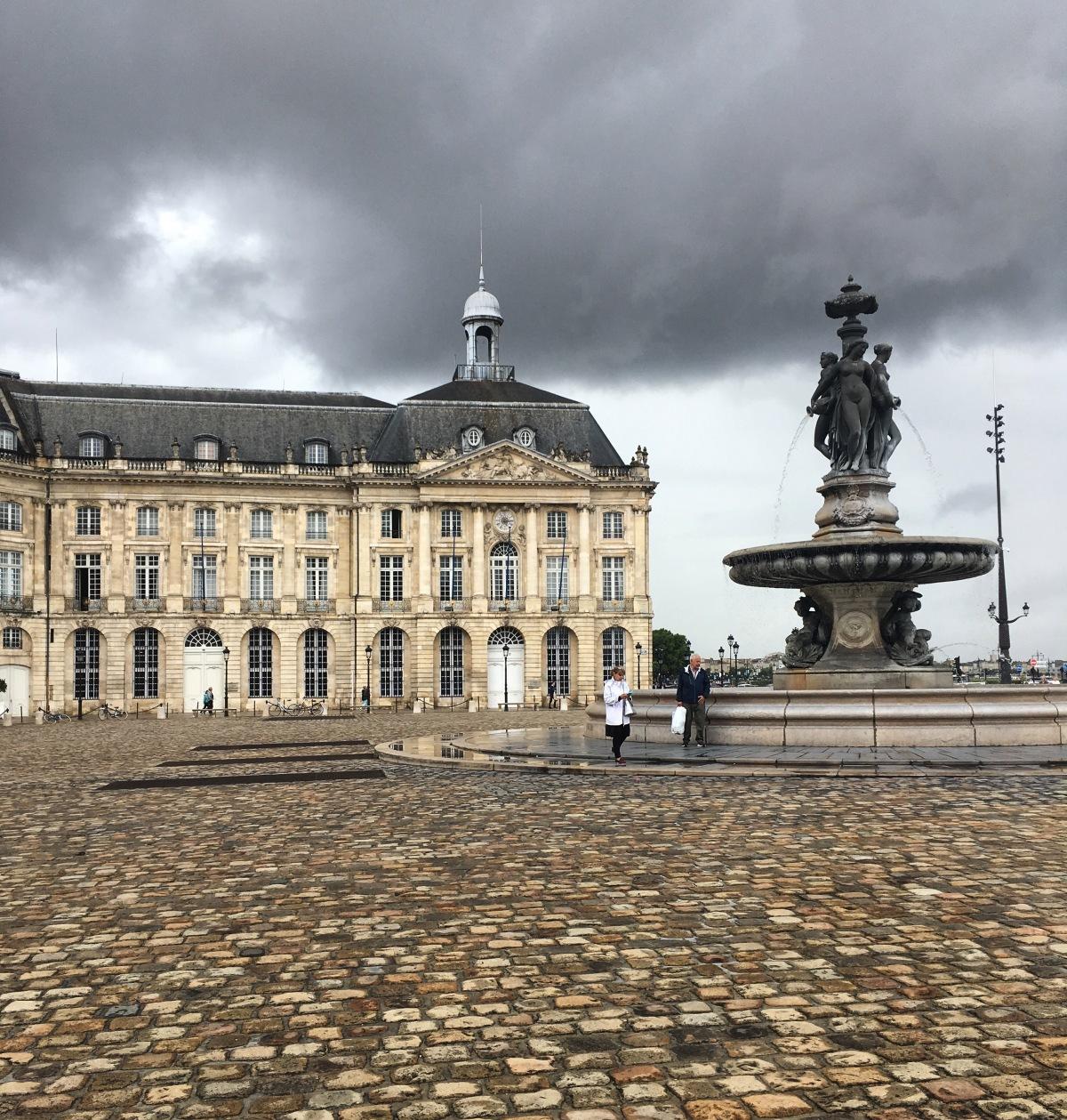 Bordeaux, a bela adormecida daFrança