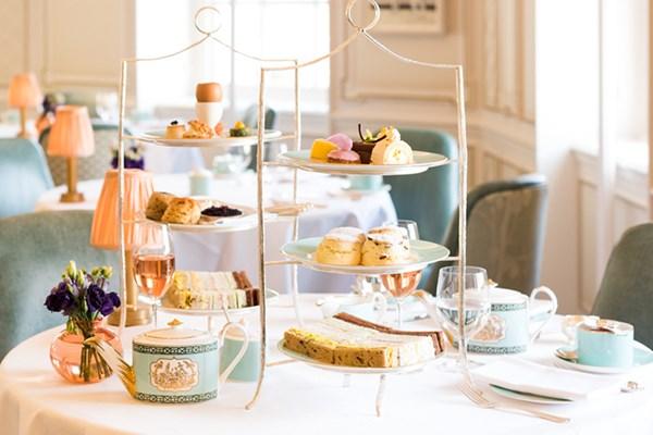 the-diamond-jubilee-tea-salon-westminster-london-1