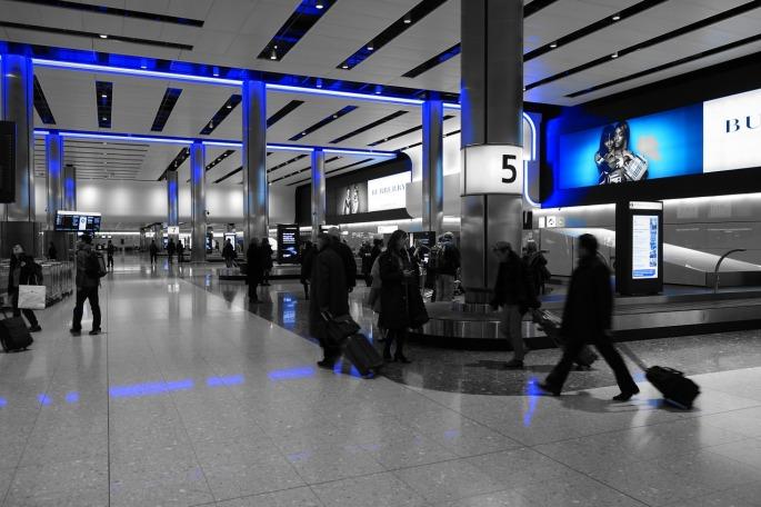 baggage-hall-775540_1280