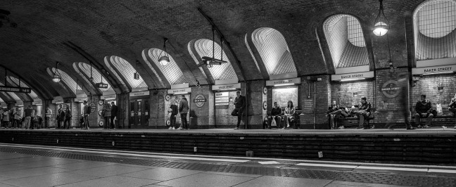 baker-street-tube-station-3780330_1280.jpg