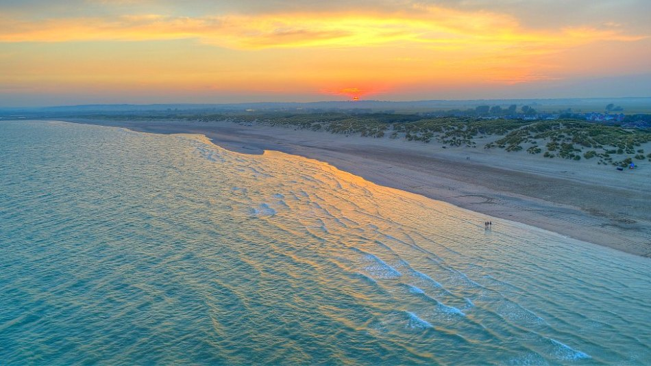 Camber-Sands-high-tide